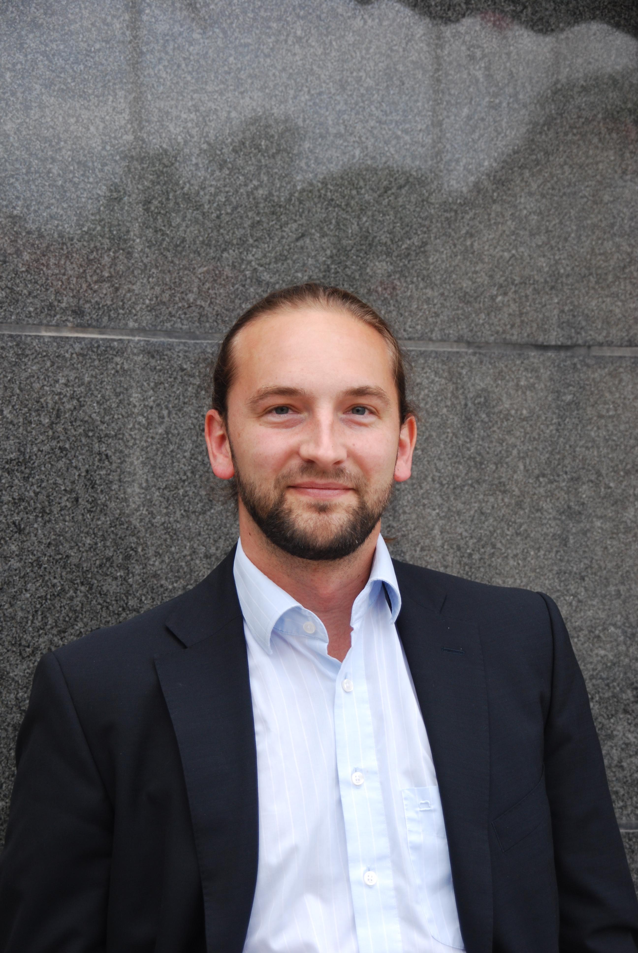 Stephan Schill