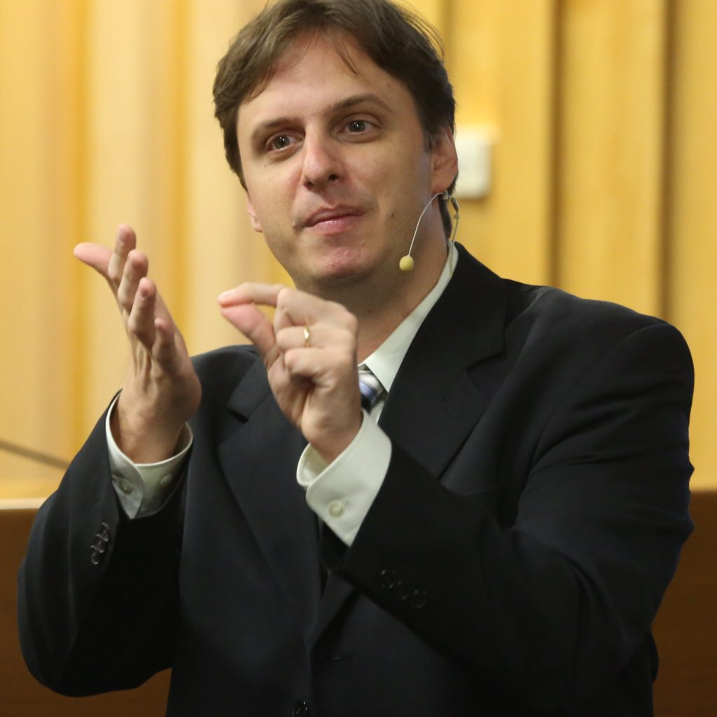 Thomas Bustamante