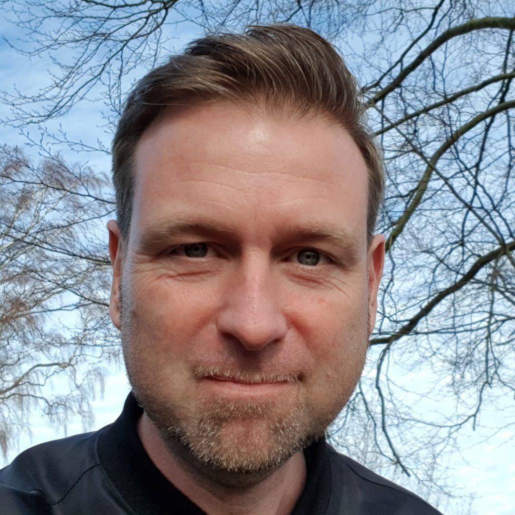 Peter Scharff Smith